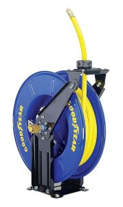 Goodyear Retractable Air Compressor, Max. 300PSI