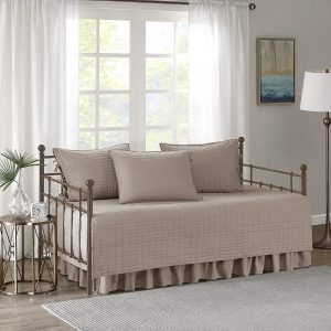 Comfort Spaces Daybed