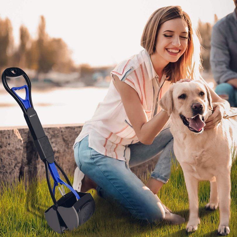 Pooper Scoopers for Medium Dogs