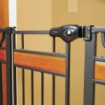 Regalo Extra Tall and Wide Walk-Thru Baby Gate