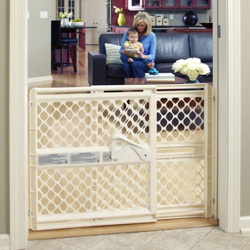Baby Gate for Doorways